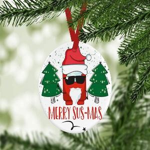 Adorno Navidad merry sus mas personaje rojo con gafas Among Us