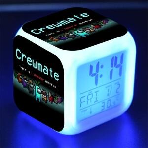 Despertador crewmate con atuendos Among Us