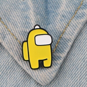 Pin personaje amarillo Among Us